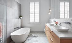 Guide to Bathroom Trends 2018 Bathroom Sink Design, Small Bathroom Sinks, Bathroom Floor Tiles, Bathroom Styling, Bathroom Interior, Master Bathroom, Bathroom Ideas, Bathroom Fixtures, Room Tiles
