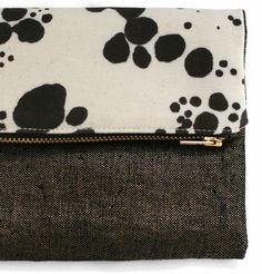 the zip pouch from Rebecca Atwood - more accessory inspiration at jojotastic.com