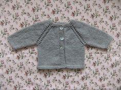 Ravelry: Mon Petit Bebe baby cardigan pattern // free