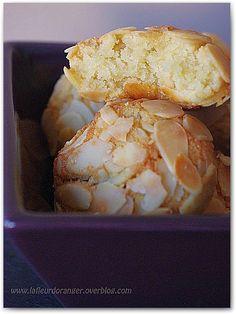 Petits gâteaux aux amandes éffilées : Pâtisserie marocaine – Ma fleur d'oranger