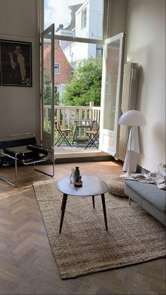 Flat Interior, Decor Interior Design, Paris Home Decor, Apartment Design, House Rooms, Home And Living, Room Inspiration, Interior Architecture, Decoration