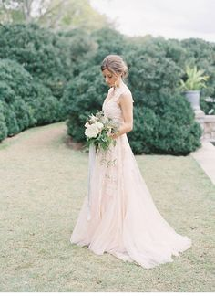 Vintage Blush Tulle Wedding Dresses 2016 A-Line Sheer V Neck ...