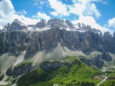 Italy is such a seductive place for the traveller. I don't think that there is is another country that has so much beauty and difference in such a relatively small area. Be it the rolling hills of …