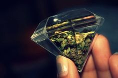 Diamond weed....These are going to be party favors at my weeding lol i meant wedding!!!