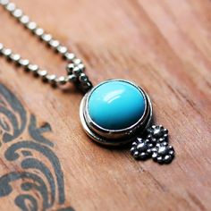 Hey, I found this really awesome Etsy listing at http://www.etsy.com/listing/122294906/blue-turquoise-necklace-recycled