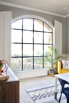 How To Get Gorgeous Black Windows (faux metal) With A Paint Brush And Some Paint. SUPER EASY! – Life as a Rambling Redhead. Home Renovation Costs, Farmhouse Renovation, Metal Windows, Black Windows, White Farmhouse Kitchens, Faux Wood Beams, Diy Wall Shelves, Rustic Contemporary, Dining Room Inspiration