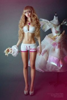 Angelica Kenova the human barbie doll : theCHIVE