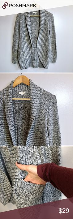 Silence and Noise Cardigan Grey marble knit open front cardigan with pockets. Ribbed rounded neck and hemline. Across the back 19. Shoulder to hem 29. Size extra small but runs a little big. can fit possibly fit small. Check measurements. Urban Outfitters Sweaters Cardigans