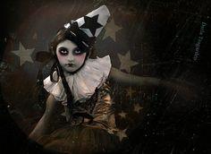 Night Circus performer - darla teagarden