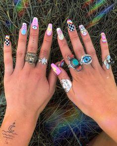 22 Colorful Nail Designs that Will Make You Excited for Spring Rave Nails, Edgy Nails, Aycrlic Nails, Funky Nails, Stylish Nails, Trendy Nails, Hair And Nails, Coffin Nails, Summer Acrylic Nails