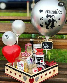 Birthday Box, Birthday Treats, Birthday Gifts, Valentines Day Baskets, Valentines Gift Box, Diy Birthday Decorations, Balloon Decorations, Bf Gifts, Creative Box