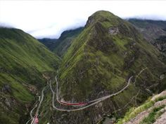 Tren Crucero on The Devil's Nose, Ecuador.