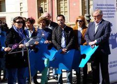 Corrochano se une al día mundial en apoyo al autismo y promete recuperar lo que Cospedal les ha quitado - 45600mgzn