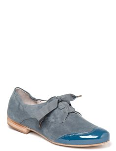 Homers      Golf      Periwinkle suede lace up