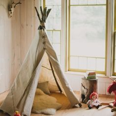 Make your own play teepee with this simple tutorial.
