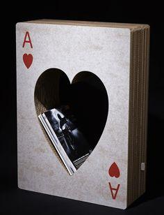 Cardboard design! Magazine holder