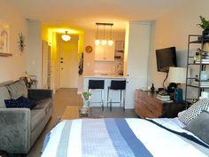Small Studio Apartment Layout Design Ideas - home design Studio Apartment Living, Studio Apartment Design, Rustic Apartment, Studio Living, Apartment Interior, Apartment Therapy, Studio Design, Apartment Ideas, Living Room