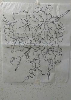 """Acompanhe as aulas deste novo projeto """"A parreira"""" e aprenda a pintar um belo galho com uvas e folhas. - Pintura em tecido. O risco já está..."""