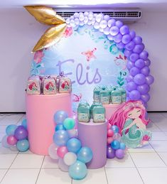 Cenário maissss lindo para as lembrancinhas da @lizzypetit com tema Sereia. Decor Maravilhosa da @casinhadefesta_slz . #festejandoemcasa… Mermaid Birthday Decorations, Mermaid Theme Birthday, Barbie Birthday, Third Birthday, Balloon Decorations, Mermaid Balloons, Little Mermaid Parties, Mermaid Baby Showers, First Birthdays