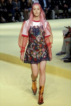 Sfilata Marques Almeida Londra - Collezioni Primavera Estate 2017 - Vogue