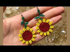 Crochet Flower Tutorial, Crochet Flowers, Jewelry Making Tutorials, Beading Tutorials, Crochet Earrings, Beaded Necklace, Gold Jewellery Design, Fabric Jewelry, Bead Art