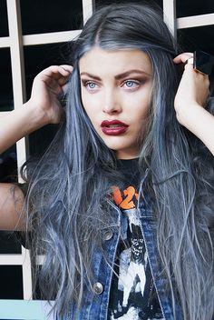 Ashy Blue, this may be my next move.. If I can figure out how to achieve this without compromise the integrity of my hair.