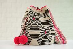 Chicle Bag Tapestry Crochet, Crochet Motif, Crochet Patterns, Crochet Diagram, Free Crochet Bag, Crochet Baby, Mochila Crochet, Crochet Cactus, Summer Accessories