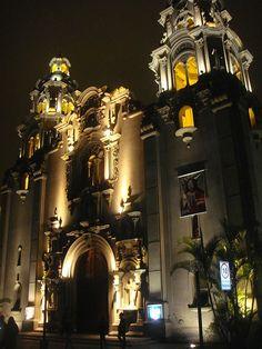Miraflores, Peru, la iglesia del Parque Central