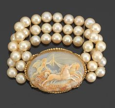 Cameo Brooch with Pearl Bracelet
