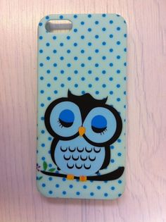 iPhone 5 clip on case with gorgeous OWL design in blue. Unused BNWOB