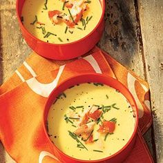 Chilled Fresh Corn Soup with King Crab This chilled soup is full of delectably sweet fresh corn and gorgeous pieces of king crab legs. Perfect for a hot summer night. Crab Recipes, Soup Recipes, Healthy Recipes, Healthy Soups, Healthy Eating, King Crab Recipe, Summer Appetizer Recipes, Summer Recipes, Appetizers