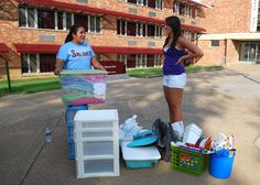 Volunteers help students move into their SIU residence hall! University Housing, Volunteers Needed, Southern Illinois, New Students, Dorm Room, Activities, Dormitory, Dorm Rooms, Freshman Year
