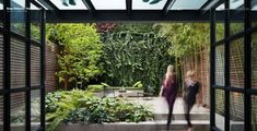 Such a big fan of a living wall, particularly when off-set by my old favourite polished concrete.