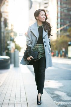 Loving the look of the cropped sweater with the plaid shirt and skinny jeans from wendyslookbook.