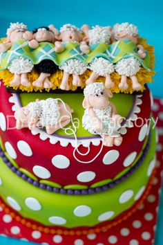This cake is too cute. Crazy Cakes, Fancy Cakes, Cute Cakes, Themed Birthday Cakes, Birthday Cake Girls, Beautiful Cakes, Amazing Cakes, Fondant Cakes, Cupcake Cakes
