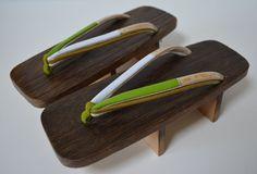 Geta wooden thong sandals vintage Japanese geta by StyledinJapan, $28.00