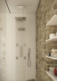 Rain Shower Chromed Brass Dimensions : 370 x 370 mm Luxury Shower, Rain Shower, Shower Heads, Contemporary Design, Chrome, Bathtub, Bathroom, Space, Environment