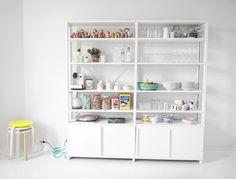 Lundia shelf in kitchen / Mamigogo