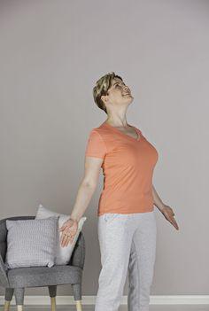 Helppo liike oikaisee ryhdin ja ehkäisee niska- ja hartiakipuja.