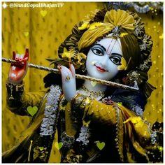 Radha Krishna Love, Shree Krishna, Lord Shiva Stories, Krishna Avatar, Krishna Bhajan, Krishna Songs, Lord Krishna Images, Lord Vishnu, Beautiful Butterflies