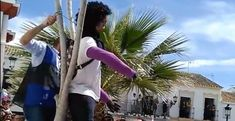 """Denuncia por delito de odio a una fiesta de un pueblo de Cádiz que disparó y quemó una """"muñeca de la asesina del niño Gabriel"""