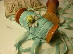 Wooden Spool~Vintage Ephemera Label~ 5 yds Velvet Ribbon~Crafts~Display | eBay Wood Spool, Pink Wedding Theme, Ribbon Crafts, Powder Pink, Velvet Ribbon, Vintage Ephemera, Versailles, Egg, Fabrics