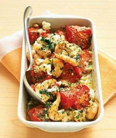 Roasted tomatoes with shrimps and feta. Simple ingrédients but SO tasty. Nice entrée to serve with crusty bread.