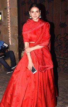 Bollywood fashion 425942077247646210 - Aditi Rao Hydari at Anil Kapoor's Diwali bash in Mumbai. Source by themishaland Wedding Dresses For Girls, Indian Wedding Outfits, Indian Outfits, Diwali Dresses, Diwali Outfits, Red Lehenga, Anarkali Dress, Biba Fashion, Indian Fashion
