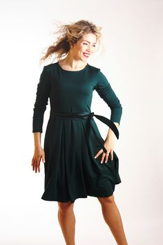 Forest green skater dress for an autumn! This classic design fits all body types. www.etsy.com/shop/adorique