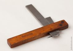 Clever Maple and Steel Marking Gauge