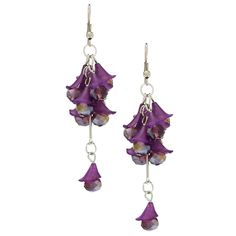 Show your love of the vine with these Vine-ology honeybell drop and crystal cluster earrings. Decorated with delicate vine leaves and sparkling crystal glass, these dangle earrings are sure to turn heads in admiration.