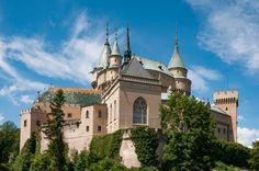 Bjnice Castle
