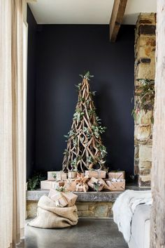 Tim and Joanne's Rustic Stone Cottage During the holidays, a driftwood Christmas tree from Three Oh Two Willows fits in perfectly with th Australian Christmas Tree, Christmas Decorations Australian, Aussie Christmas, Summer Christmas, Colorful Christmas Tree, Noel Christmas, Christmas Fashion, Xmas Decorations, All Things Christmas
