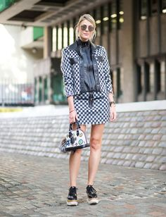 sofie-valkiers-street-style-london-black-and-white-look